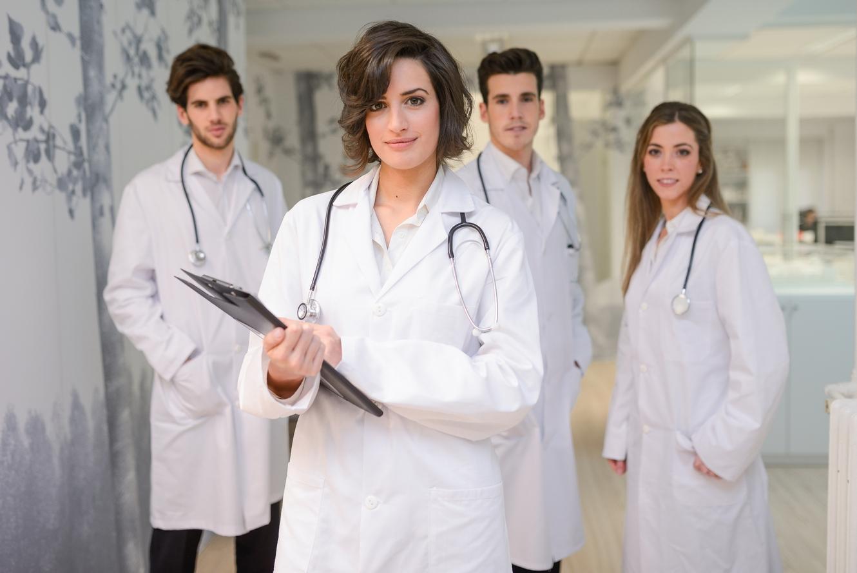 Personeel in medische omgeving